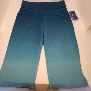 Reebok Blue Ombre Yoga Capris, size Medium